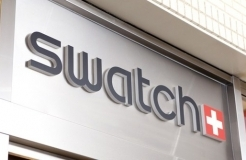 Swatch sues Samsung over these cloned watchfaces