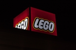 Lego smashes bad domain registration